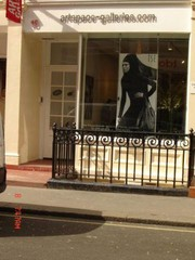 Art Gallery space for hire in London Mayfair and Paris